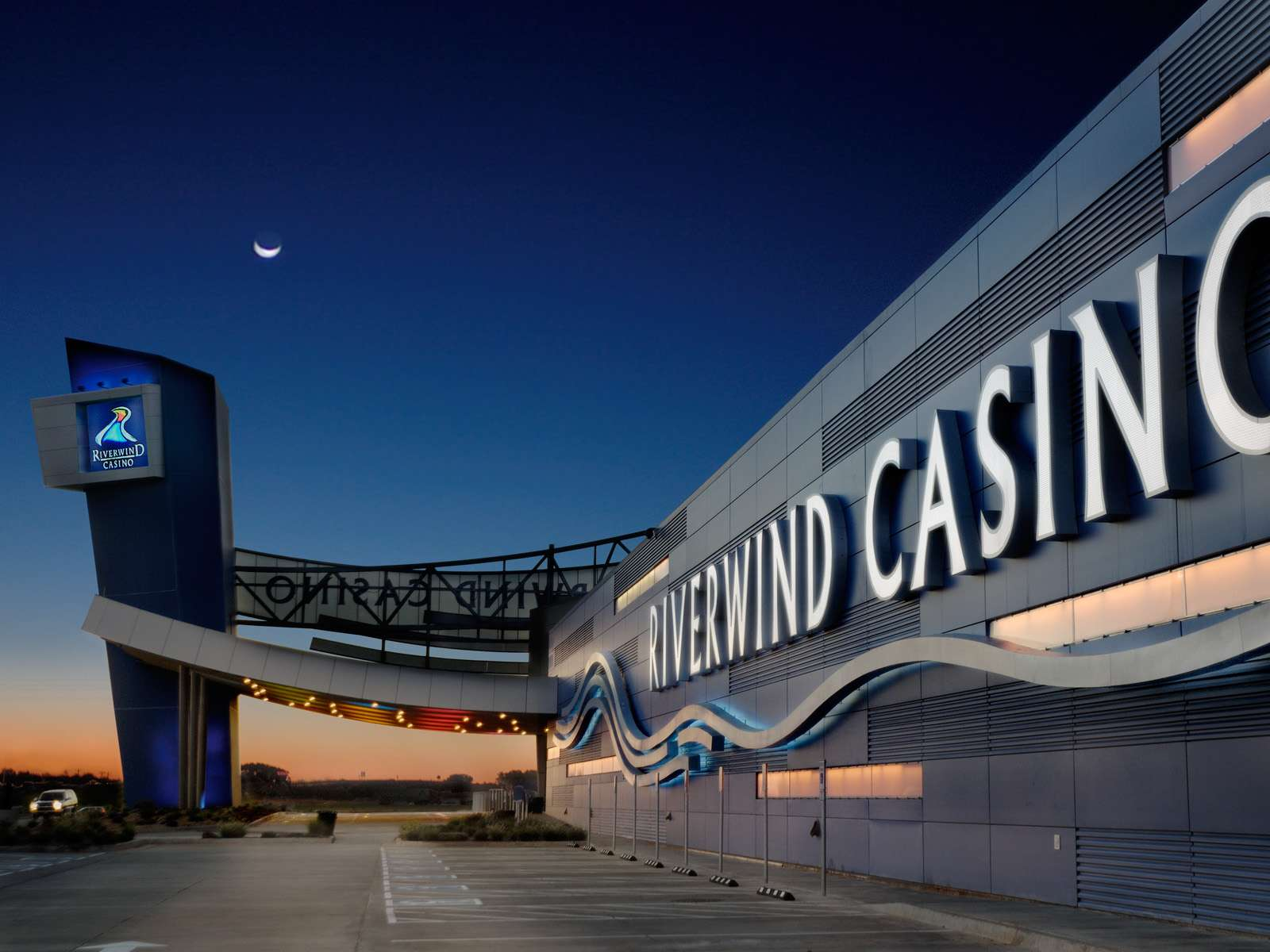 Riverwind casino and resort norman oklahoma ho chunck casino wi dells