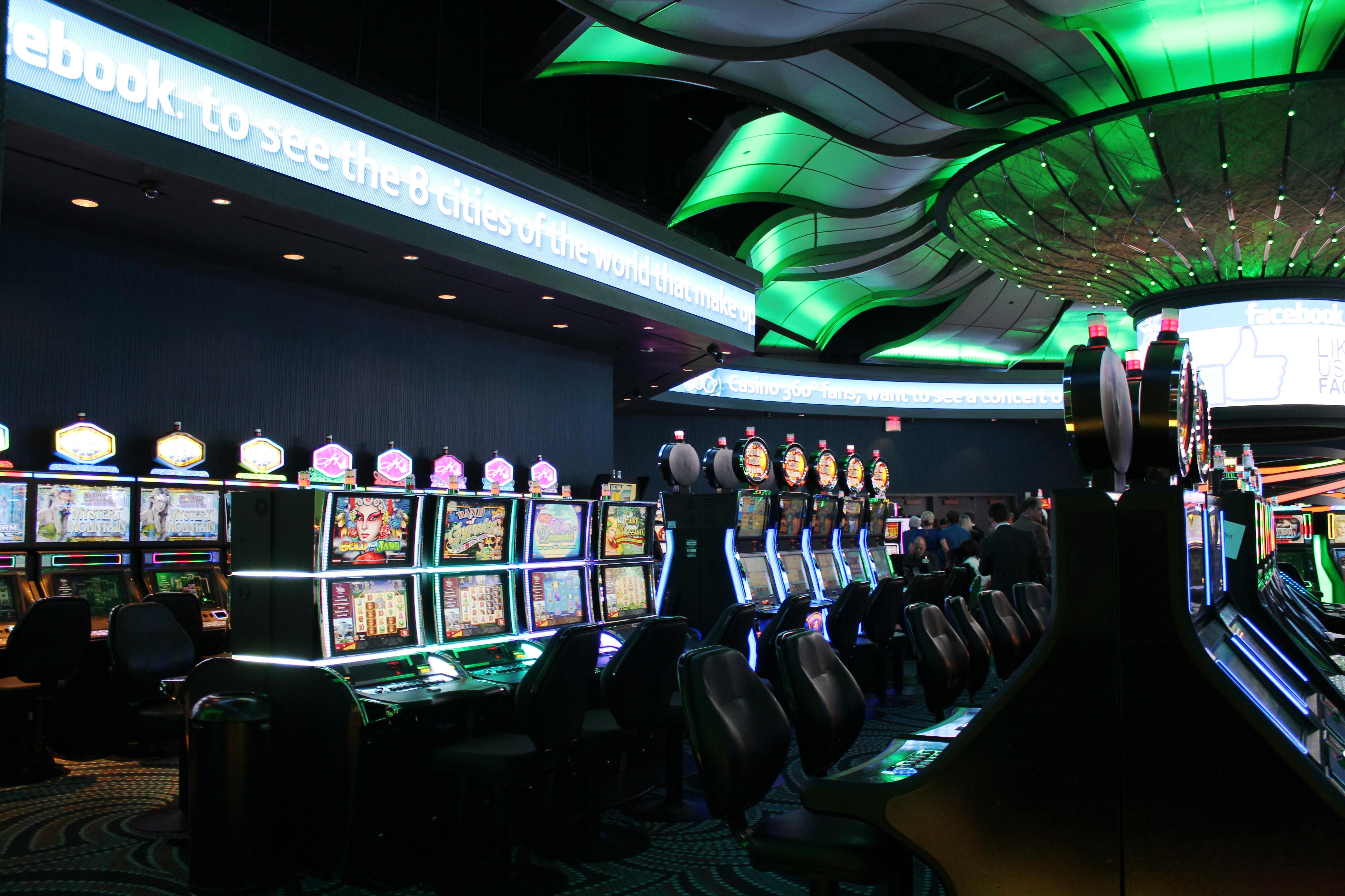 Vegas world play online free