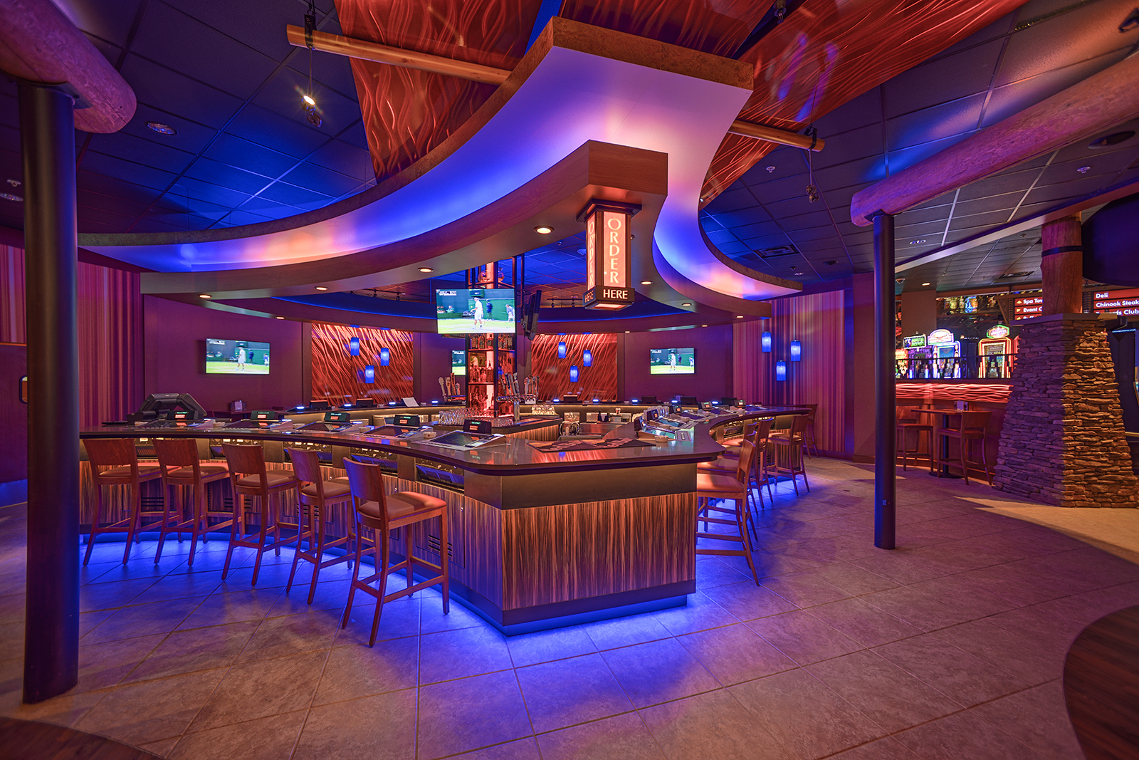 Luxury poker set