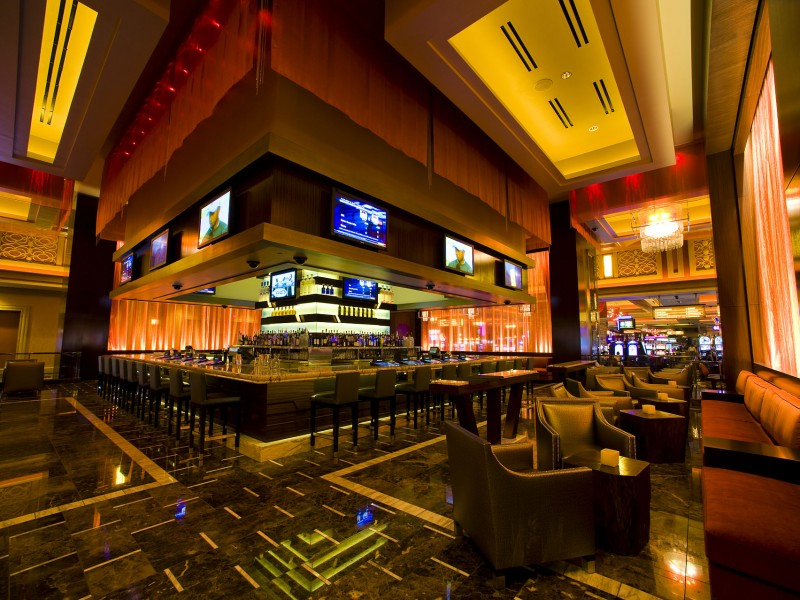 Thunder_Valley_Casino_Resort_Center_Bar