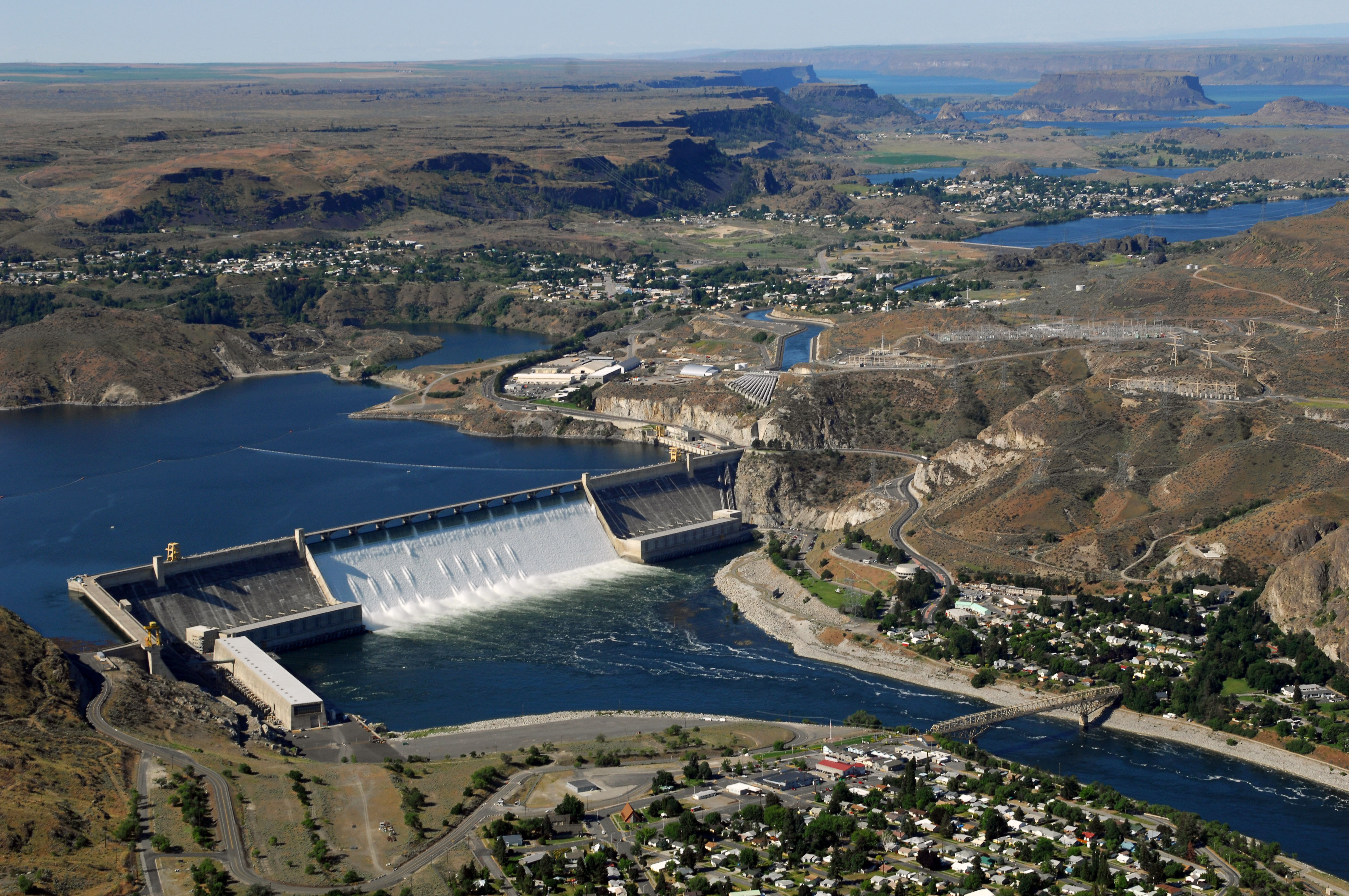 coulee dam hindu single women Pete seeger: guerrilla minstrel  columbia, grand coulee dam, pastures of plenty and several  to the astonishment of passersby, they beheld a single.