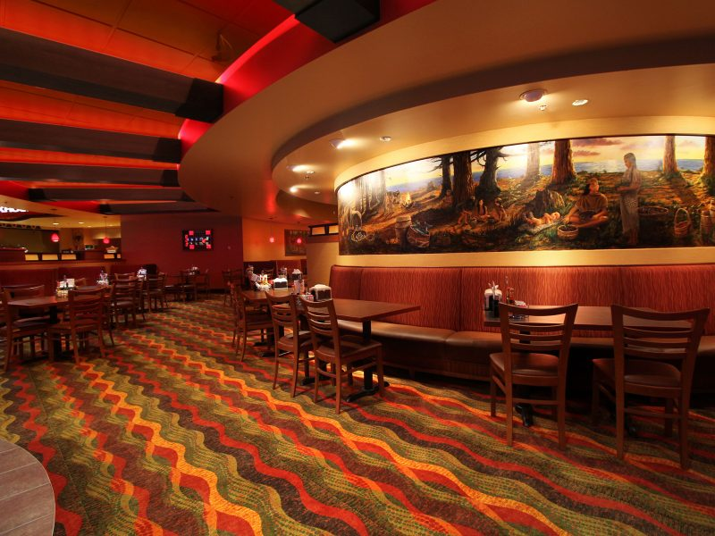 Chinook-Winds-Casino_Silezt-Bay-Buffet_Casino-Buffet-Seating-Mural-1800x1200